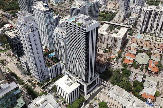 1010 Brickell Ave #1807, Miami, FL 33131 (MLS #A10700984) :: The Adrian Foley Group