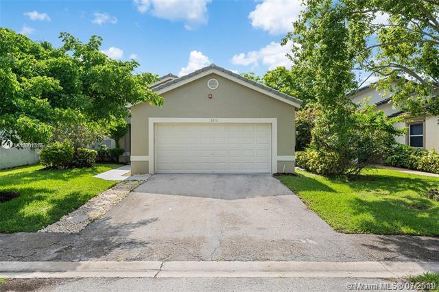 3213 NW 123rd Ave, Coral Springs, FL 33065 (MLS #A10701017) :: Grove Properties