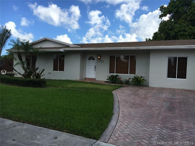 12230 SW 104th Ter, Miami, FL 33186 (MLS #A10701287) :: Green Realty Properties