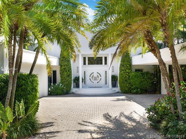 730 Harbor Dr, Key Biscayne, FL 33149 (MLS #A10701447) :: The Edge Group at Keller Williams