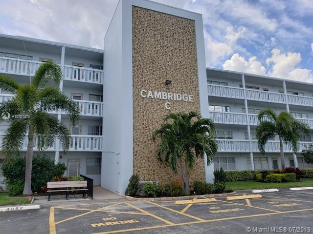 4055 Cambridge C #4055, Deerfield Beach, FL 33442 (MLS #A10701474) :: The Paiz Group