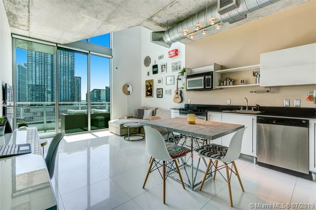 690 SW 1st Ct #1904, Miami, FL 33130 (MLS #A10701645) :: Berkshire Hathaway HomeServices EWM Realty