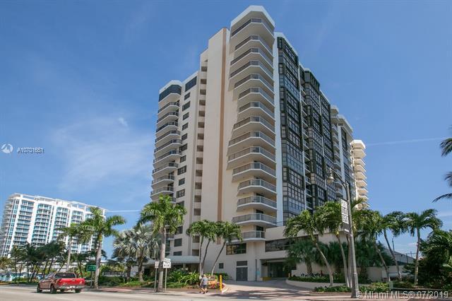 6423 Collins Ave #401, Miami Beach, FL 33141 (MLS #A10701651) :: Berkshire Hathaway HomeServices EWM Realty