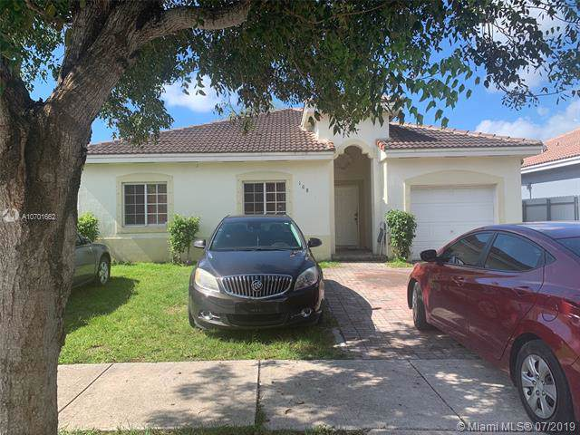 10828 SW 229th St, Miami, FL 33170 (MLS #A10701662) :: Berkshire Hathaway HomeServices EWM Realty