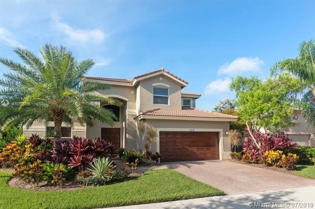 16746 Diamond Pl, Weston, FL 33331 (MLS #A10701756) :: Castelli Real Estate Services