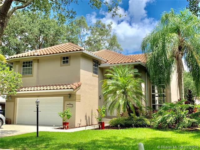 11127 Des Moines Ct, Cooper City, FL 33026 (MLS #A10701781) :: Green Realty Properties