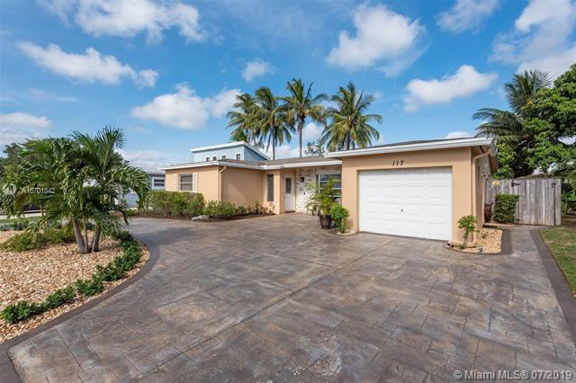 117 NW 80th Ave, Margate, FL 33063 (MLS #A10701842) :: The Teri Arbogast Team at Keller Williams Partners SW