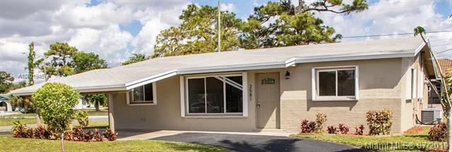 2581 NW 12 Court, Pompano Beach, FL 33069 (MLS #A10701945) :: Grove Properties