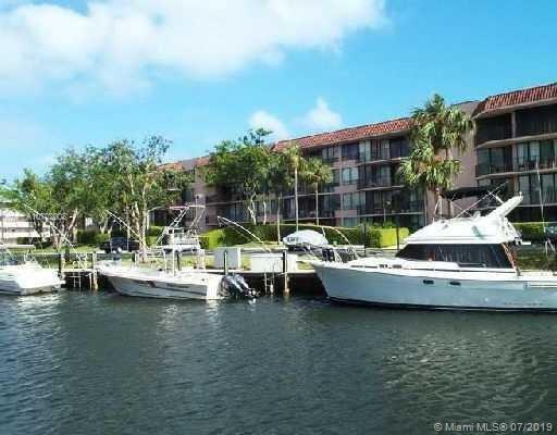 799 Jeffery St #307, Boca Raton, FL 33487 (MLS #A10702008) :: Grove Properties