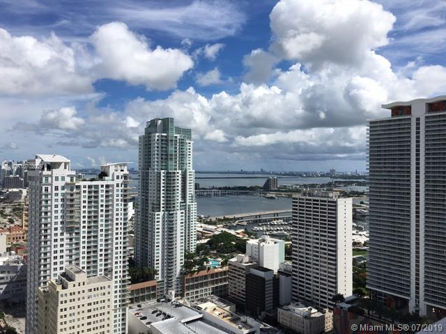 151 SE 1st St #702, Miami, FL 33131 (MLS #A10702029) :: Grove Properties