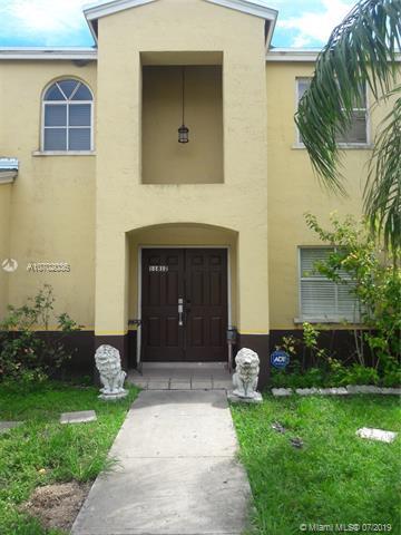 11812 SW 272nd Ter, Homestead, FL 33032 (MLS #A10702036) :: Grove Properties