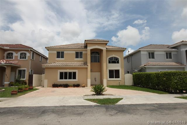 6437 SW 158th Pass, Miami, FL 33193 (MLS #A10702237) :: The Riley Smith Group