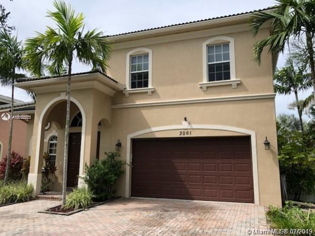 3061 SW 44th St, Dania Beach, FL 33312 (MLS #A10702275) :: Grove Properties