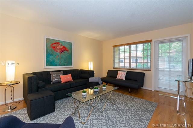 200 NE 19th Ct 207M, Wilton Manors, FL 33305 (MLS #A10702332) :: Green Realty Properties