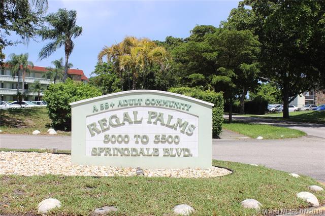 3300 Springdale Blvd 3A, Palm Springs, FL 33461 (MLS #A10702430) :: Castelli Real Estate Services