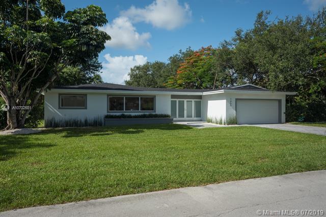7450 SW 105th Ter, Pinecrest, FL 33156 (MLS #A10702681) :: Berkshire Hathaway HomeServices EWM Realty
