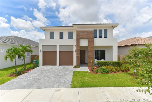 14931 SW 176th St, Miami, FL 33187 (MLS #A10702983) :: Grove Properties