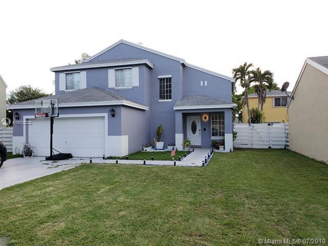 14518 SW 138th Pl, Miami, FL 33186 (MLS #A10703022) :: Grove Properties