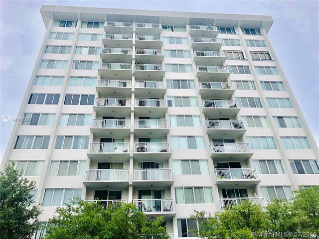 1345 Lincoln Rd #405, Miami Beach, FL 33139 (MLS #A10703120) :: Berkshire Hathaway HomeServices EWM Realty