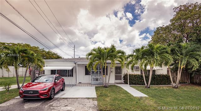 2209 N 16th Ave, Hollywood, FL 33020 (MLS #A10703124) :: Grove Properties