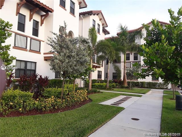10620 NW 88st #218, Miami, FL 33178 (MLS #A10703187) :: Grove Properties
