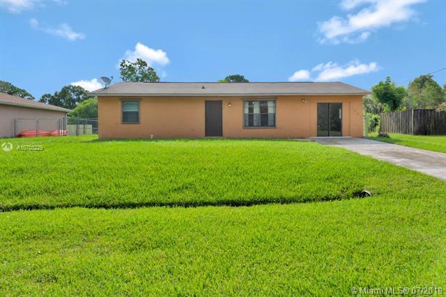 Port Saint Lucie, FL 34953 :: Grove Properties