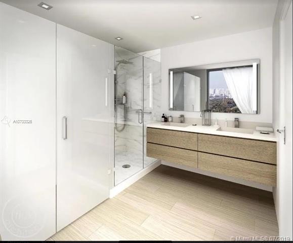 1700 NE 164 17203W, North Miami Beach, FL 33162 (MLS #A10703326) :: Berkshire Hathaway HomeServices EWM Realty