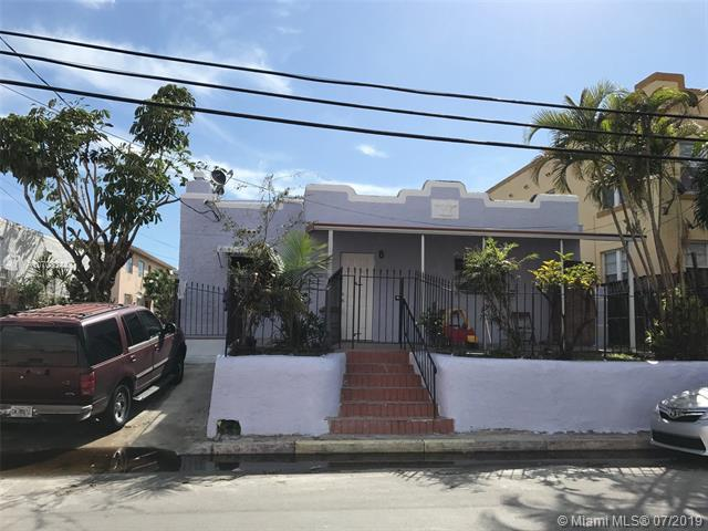 125 SW 19th Ave, Miami, FL 33135 (MLS #A10703344) :: Grove Properties