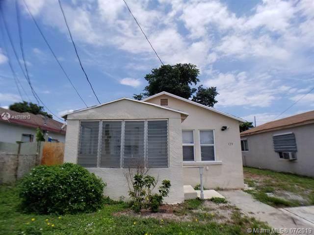 135 NE 11 Ave, Boynton Beach, FL 33435 (MLS #A10703512) :: Ray De Leon with One Sotheby's International Realty
