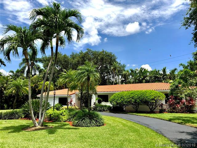 501 Cadagua Ave, Coral Gables, FL 33146 (MLS #A10703734) :: The Maria Murdock Group