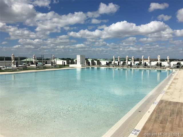 5300 Paseo Blvd #710, Doral, FL 33166 (MLS #A10703822) :: Grove Properties