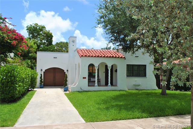 917 Granada Groves Ct, Coral Gables, FL 33134 (MLS #A10703900) :: Berkshire Hathaway HomeServices EWM Realty