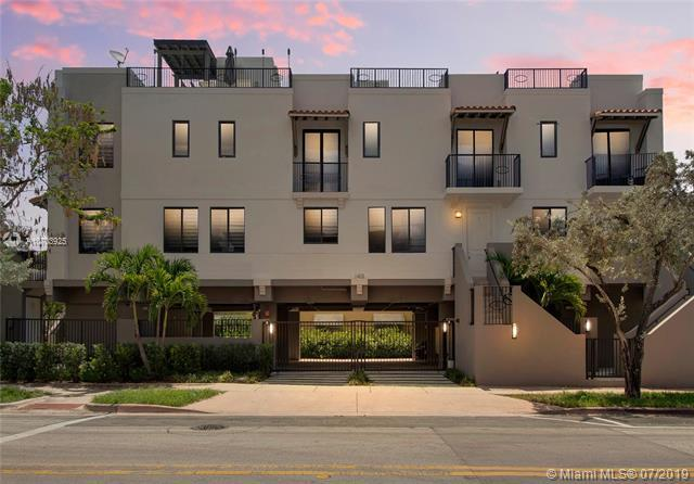 1405 Galiano St #4, Coral Gables, FL 33134 (MLS #A10703925) :: The Maria Murdock Group