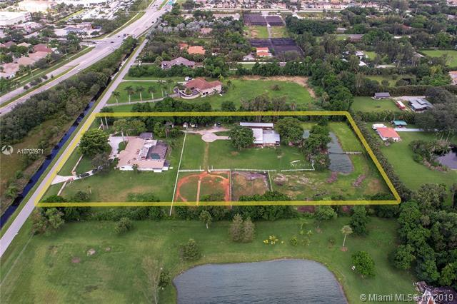 14421 Old Sheridan Street, Southwest Ranches, FL 33330 (MLS #A10703971) :: The Paiz Group