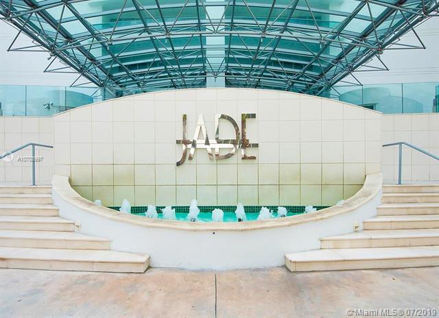 1331 Brickell Bay Dr #4401, Miami, FL 33131 (MLS #A10703997) :: Berkshire Hathaway HomeServices EWM Realty