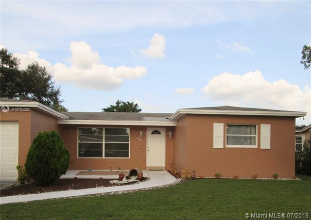 208 NW 80th Ter, Margate, FL 33063 (MLS #A10704253) :: Green Realty Properties