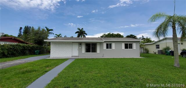 15661 SW 100th Ave, Miami, FL 33157 (MLS #A10704367) :: Green Realty Properties