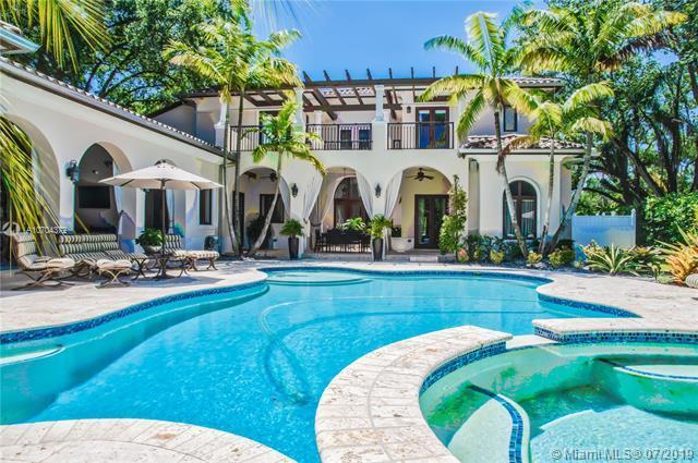 6885 SW 92nd St, Pinecrest, FL 33156 (MLS #A10704372) :: Berkshire Hathaway HomeServices EWM Realty