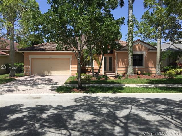 1431 Blue Jay Cir, Weston, FL 33327 (MLS #A10704874) :: Berkshire Hathaway HomeServices EWM Realty