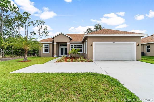 681 NW Floresta Dr, Port Saint Lucie, FL 34983 (MLS #A10705247) :: Berkshire Hathaway HomeServices EWM Realty