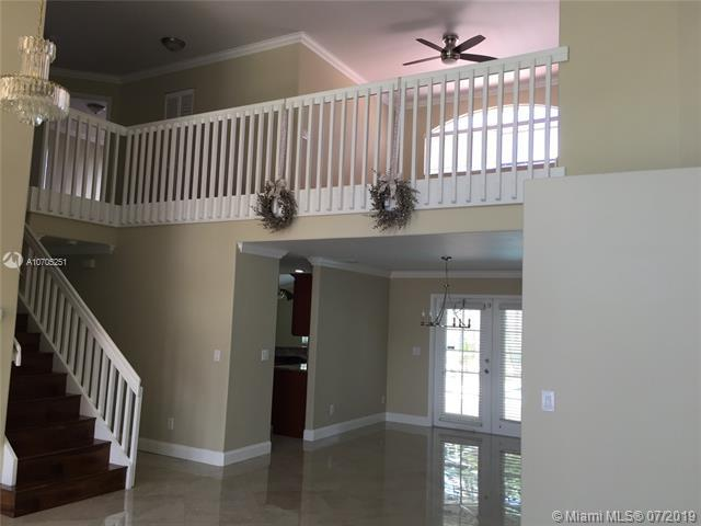 17951 NW 9th Ct, Pembroke Pines, FL 33029 (MLS #A10705251) :: Green Realty Properties