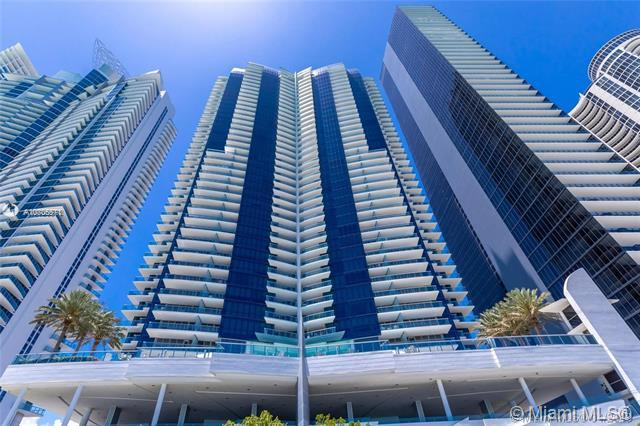 17121 Collins Ave #1507, Sunny Isles Beach, FL 33160 (MLS #A10705571) :: The Teri Arbogast Team at Keller Williams Partners SW