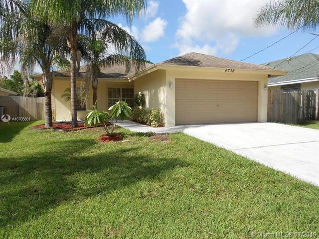 4738 Alberta Ave, West Palm Beach, FL 33417 (MLS #A10705801) :: Green Realty Properties