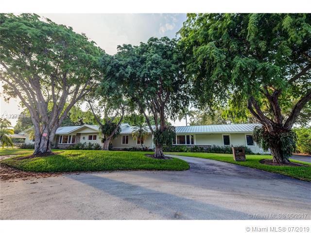 7575 SW 115th St, Pinecrest, FL 33156 (MLS #A10705874) :: Berkshire Hathaway HomeServices EWM Realty