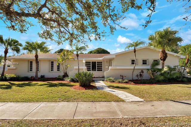 15400 SW 82nd Ave, Palmetto Bay, FL 33157 (MLS #A10706014) :: Berkshire Hathaway HomeServices EWM Realty