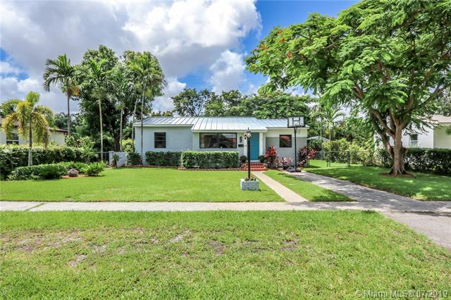 1240 Oriole Ave, Miami Springs, FL 33166 (MLS #A10706079) :: Grove Properties
