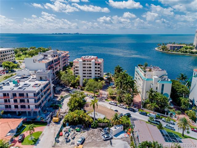 1631 S Bayshore Ct, Miami, FL 33133 (MLS #A10706127) :: The Teri Arbogast Team at Keller Williams Partners SW