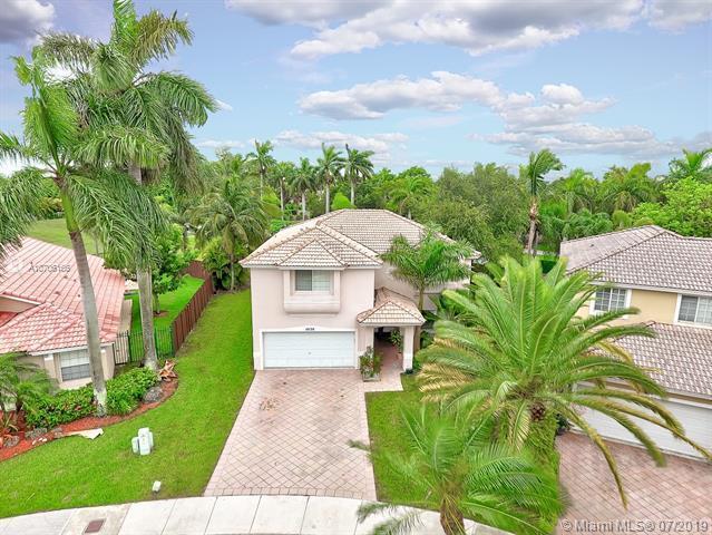 10130 SW 166th Ct, Miami, FL 33196 (MLS #A10706166) :: Grove Properties