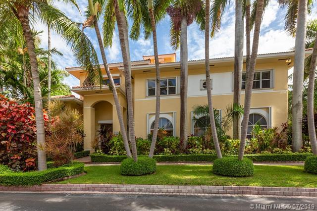 7455 SW 170th Ter, Palmetto Bay, FL 33157 (MLS #A10706181) :: Berkshire Hathaway HomeServices EWM Realty