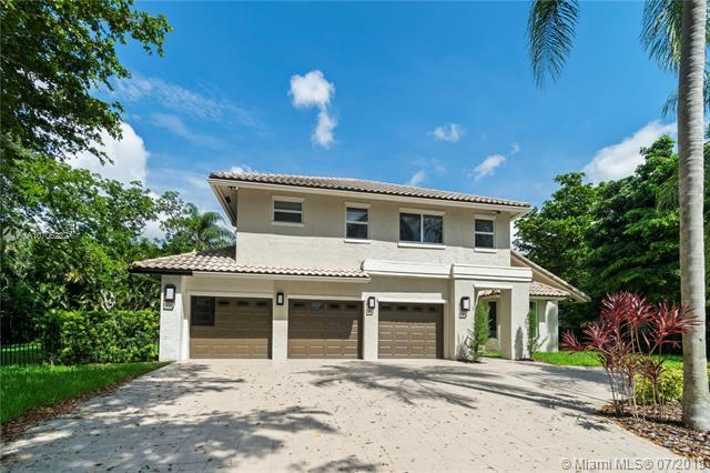 3315 Saint Charles Cir, Boca Raton, FL 33434 (MLS #A10706232) :: Grove Properties